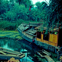 Houseboat Living , Kashmir